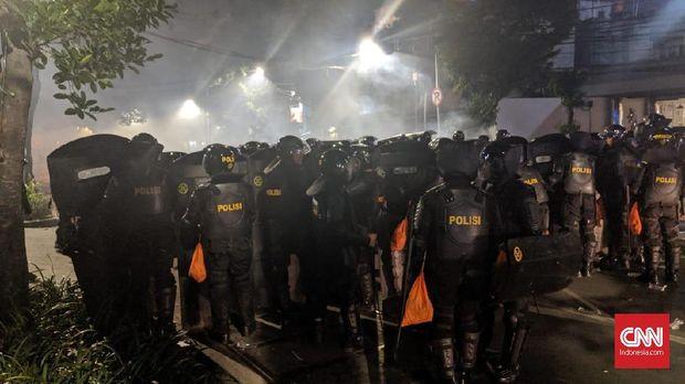 Provokator Demo Pilpres dan Lima Jam Mencekam di Tenabang