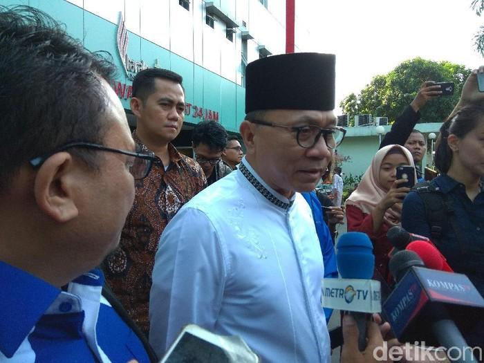 Foto: Ketua MPR Zulkifli Hasan di RS Tarakan. (Fida-detikcom)