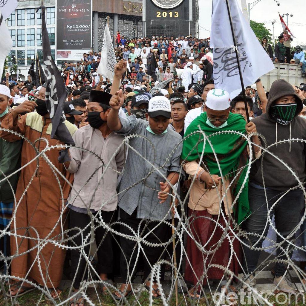 Polisi Tangkap 2 Peserta Aksi 22 Mei di Medan yang Bawa Senpi