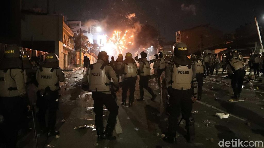 Yang Perlu Diketahui Seputar Kerusuhan 21-22 Mei Sejauh Ini
