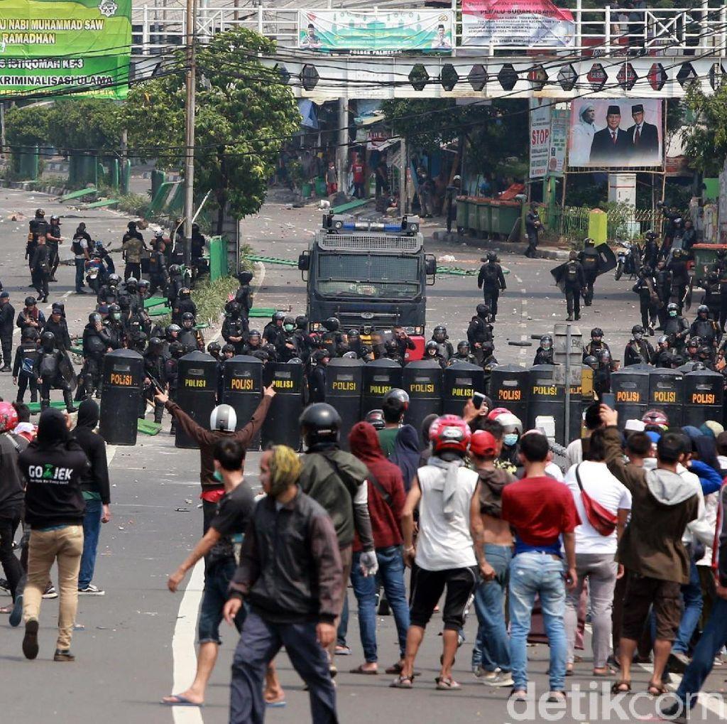 Usai Bertemu Jokowi, Zulhas Sampaikan Duka Atas Korban Rusuh 22 Mei