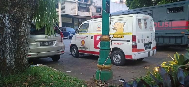 Polisi Amankan Ambulans Gerindra yang Membawa Batu untuk Aksi 22 Mei. Foto: dok.istimewa