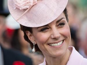Kate Middleton Pakai Anting Putri Diana, Sama-sama Cantik