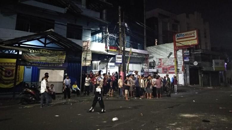 165 Orang Perusuh di Slipi yang Diamankan Kebanyakan dari Luar Jakarta