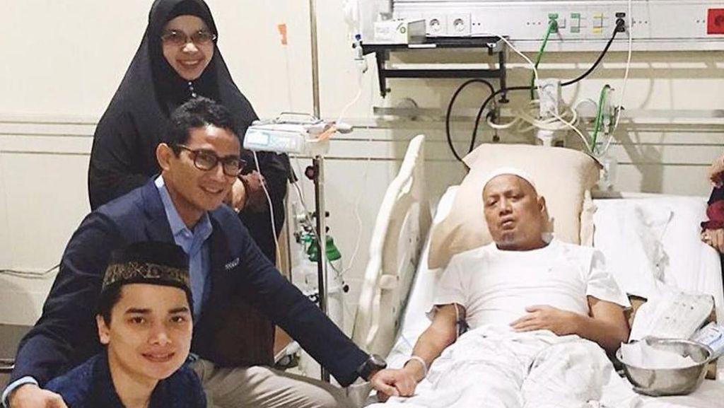 Sandiaga Uno Posting Momen saat Jenguk Arifin Ilham di RSCM