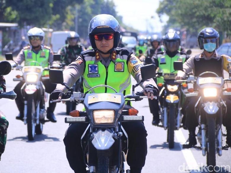 Usai Pulangkan 87 Peserta Aksi 22 Mei, Polisi Dan TNI Madiun Patroli