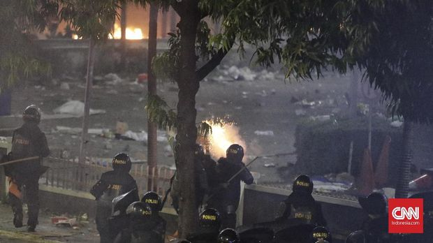 Tujuh Jurnalis Alami Kekerasan Aparat Saat Kerusuhan 22 Mei