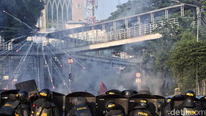 Bentrok di Tanah Abang terkait aksi 22 Mei (Foto: Pradita Utama)
