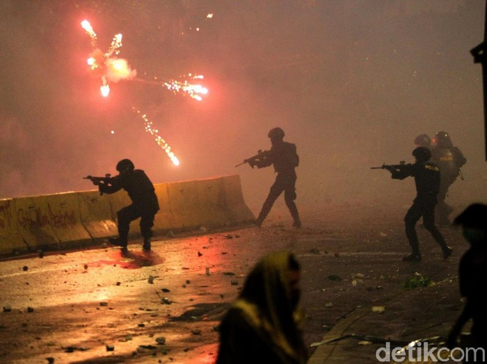 Kerusuhan terkait aksi 22 Mei di Jakarta (Foto: Rifkianto Nugroho)