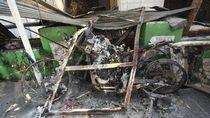 Aksi 22 Mei: Jutaan Rupiah Raib, Motor dan Pospol Dibakar