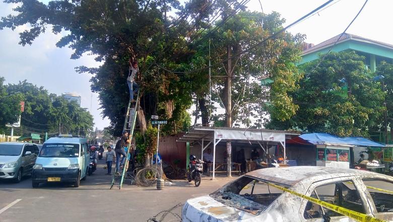 Kabel-kabel yang Terbakar Saat Rusuh di Petamburan Mulai Diganti
