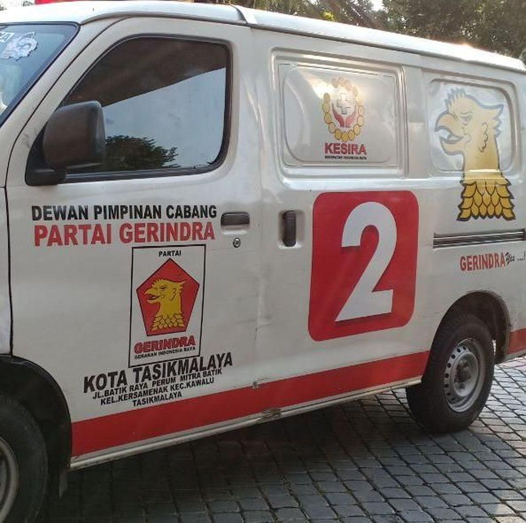 Geger Ambulans Gerindra: Tanpa Alat Bantu, Malah Berisi Batu