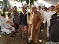 Bima Arya dan Salim Segaf Melayat Arifin Ilham ke Az-Zikra Sentul