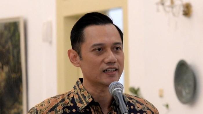Komandan Kogasma Pemenangan Pemilu Partai Demokrat Agus Harimurti Yudhoyono alias AHY seusai bertemu Presiden Jokowi di Istana Bogor.