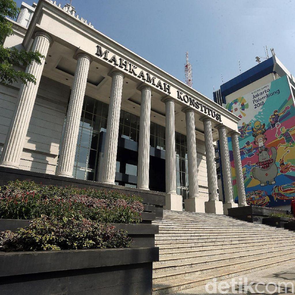 TKN Jokowi ke MK Siang Ini, Konsultasi Pihak Terkait Gugatan Prabowo