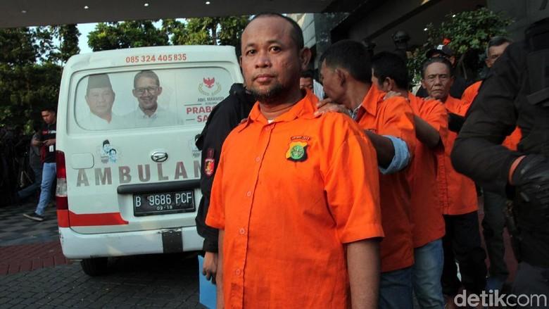 Ini Para Tersangka Pembawa Ambulans Amunisi Rusuh 22 Mei