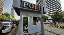 Dibakar Massa saat Ricuh, Pos Polisi Sarinah Berantakan