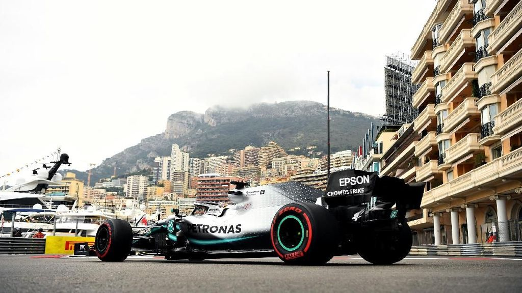 Hamilton Tercepat di FP1 GP Monaco, Verstappen Kedua