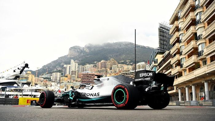 Lewis Hamilton tercepat di latihan bebas F1 GP Monaco. (Foto: Michael Regan / Getty Images)