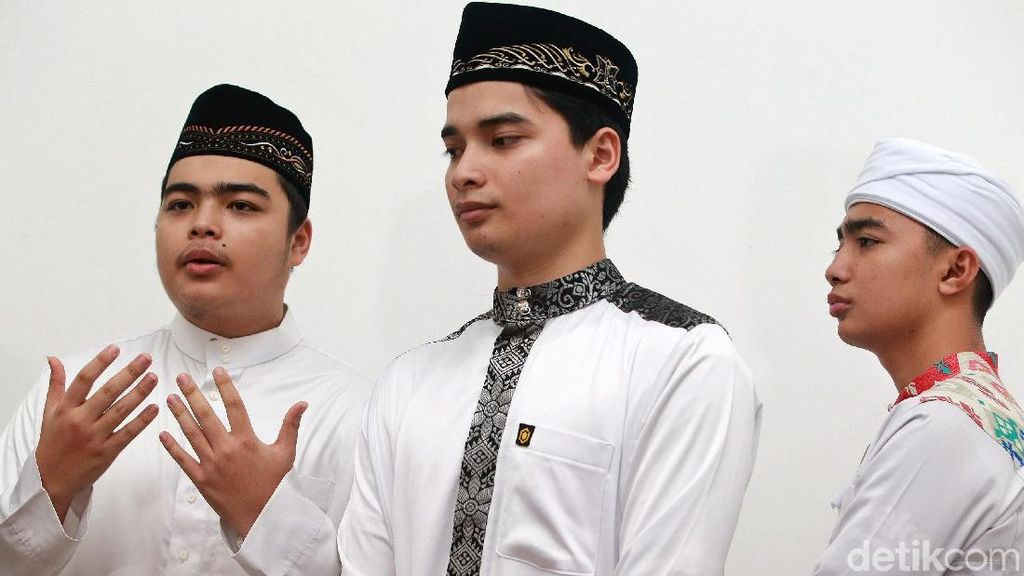 Jenazah Arifin Ilham Tiba di Jakarta, Tangisan Anak Pecah