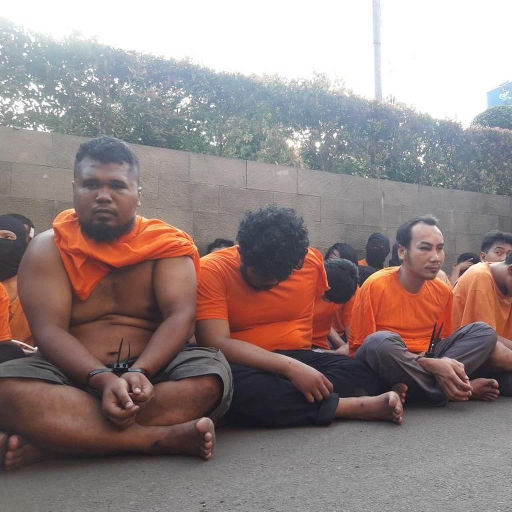 Perusuh 22 Mei di Slipi Diciduk, Polisi: Apa ini Santri? Lihat Tampangnya!