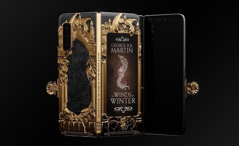 Caviar, perusahaan asal Rusia, memperkenalkan hasil modifikasi ponsel terbarunya dalam diri Galaxy Fold edisi Game of Thrones. Foto: Caviar