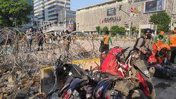Polisi Patroli 24 Jam Cegah Kerusuhan Merambat ke Karawang