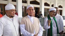 Opick Teringat Momen Jenguk dan Beri Semangat ke Arifin Ilham di Malaysia