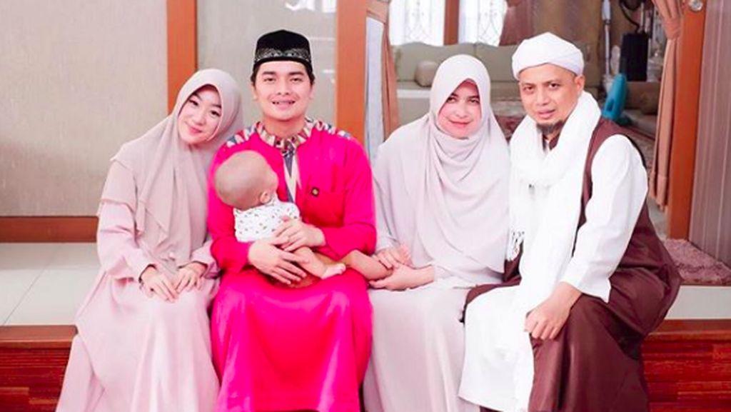 Alvin Faiz Kenang Diminta Arifin Ilham Menikah di Usia 17 Tahun