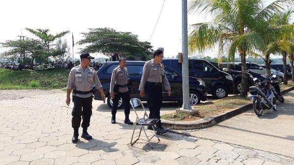 Polisi Siapkan 115 Personel Sambut Jenazah Ustaz Arifin Ilham di Az Zikra