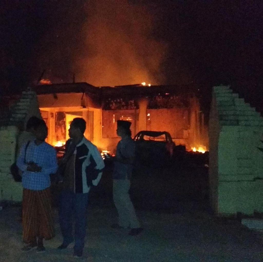 Serang Petugas, Seorang Pembakar Polsek Tambelangan Ditembak