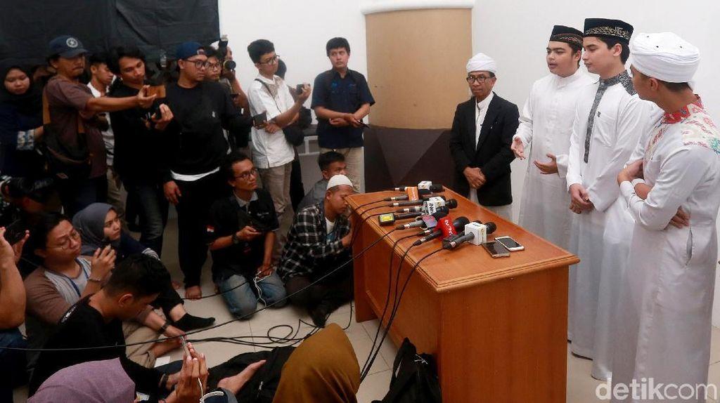Ketua Yayasan Az-Zikra: Ustaz Arifin Ilham Kerap Doakan Ahok