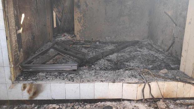 Pos Polisi Sabang terbakar