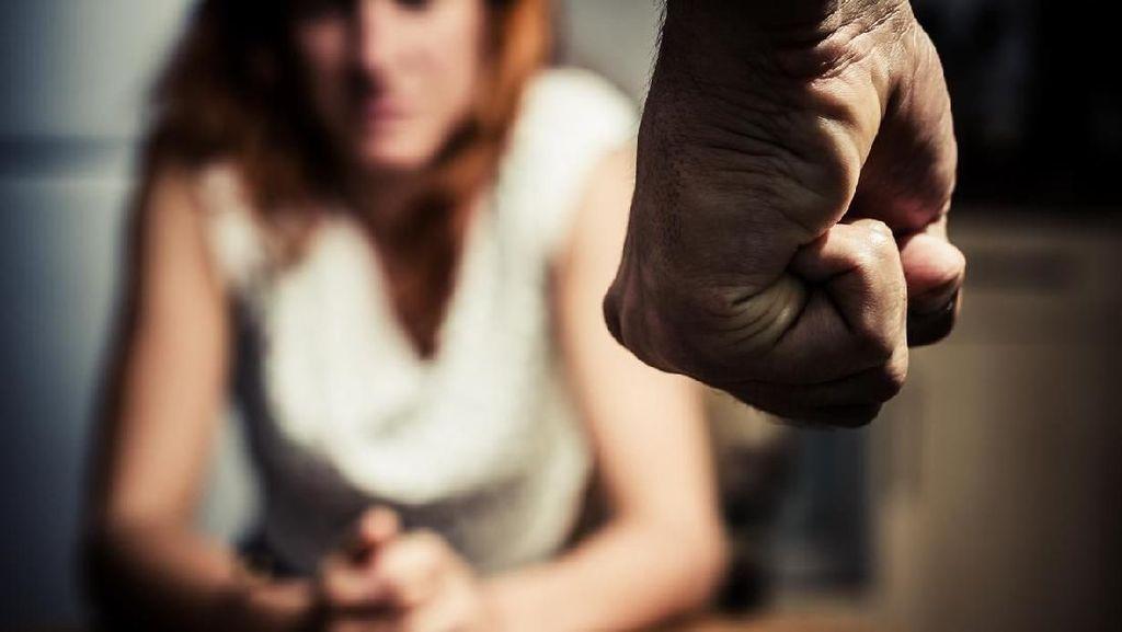 Tak Dikasih Uang Rokok dan Miras, Pria di Makassar Pukul Istrinya