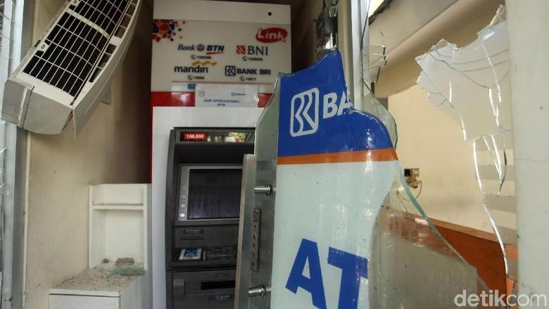 Mesin ATM di Bawaslu Porak Poranda Imbas Kerusuhan 22 Mei