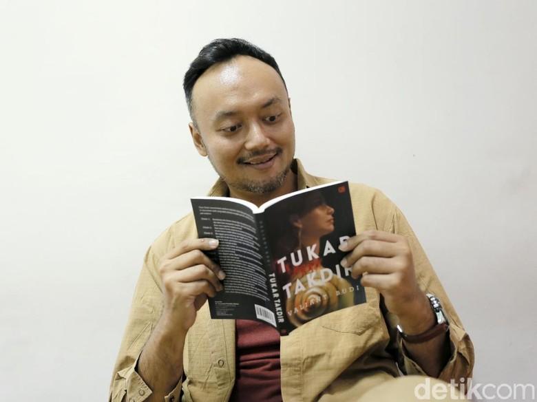 12 Cerita dalam Tukar Takdir Terinspirasi Kejadian Sehari-hari Foto: Asep Syaifullah/detikHOT