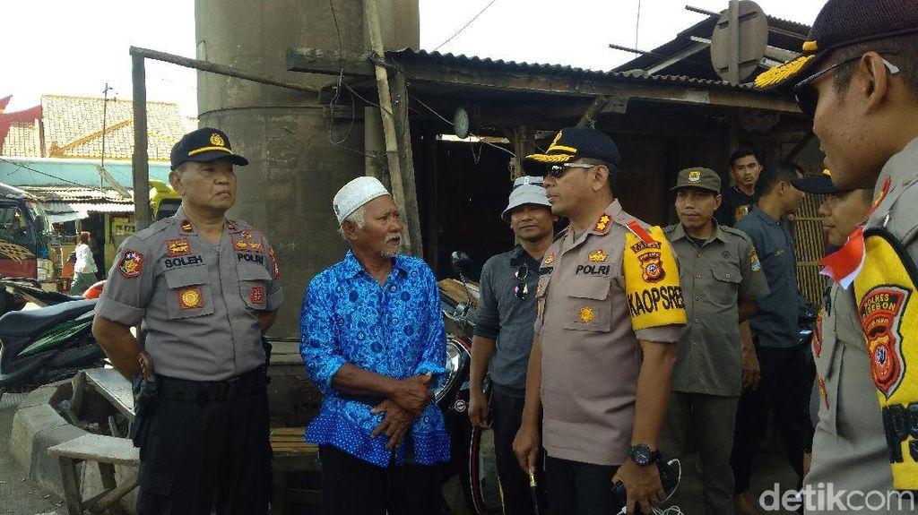 Demi Kelancaran Mudik, Tukang Becak Pasar Cirebon Dapat Kompensasi
