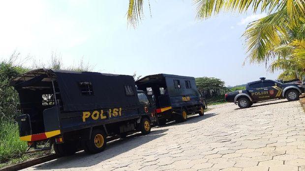 Pengamanan Jelang Pemakaman Ustaz Arifin Ilham