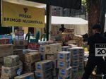 Masyarakat Kirim Makanan untuk Polisi yang Bertugas di Aksi 22 Mei