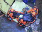 Truk Tronton yang Masuk Jurang di Nagreg Dievakuasi, Sopir Ditemukan Tewas