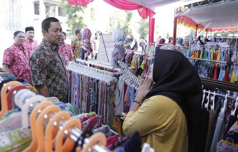 Pemkot Semarang Gelar Bazar 1.000 Paket Sembako Murah