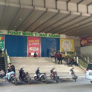 Pasar Tanah Abang Tutup Sampai Sabtu, Pengunjung Kecewa