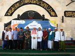 4 BUMN Bagikan 1000 Alquran dan Santuni 1000 Yatim di Bali