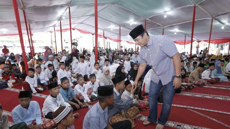 Walkot Semarang dan Baznas Berbagi Bersama 1.000 Anak Yatim