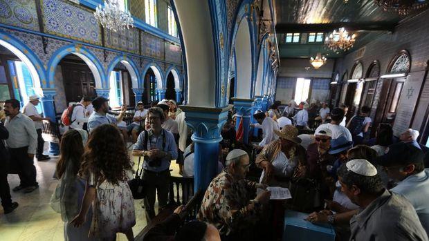 Kisah Muslim Berdoa dan Berbuka di Sinagoge Tertua Afrika