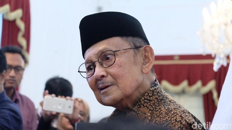 BJ Habibie Sempat Dirawat di RS, Kondisinya Kini Sudah Stabil