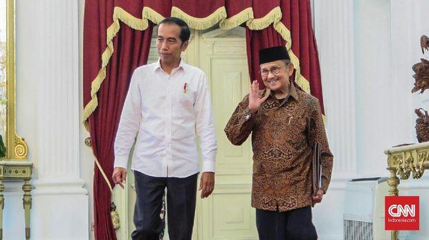 Sepenggal Kenangan Terakhir BJ Habibie di Istana