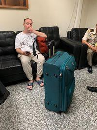 Berang-berang dan kalajengking itu dimasukkan ke dalam koper dan akan diselundupkan ke Rusia.