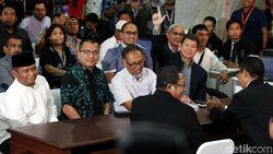 Tim Hukum Prabowo soal Bukti Link Berita: Lihat Saja di Persidangan