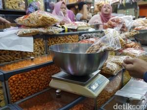 5 Tips Belanja Kue Lebaran Kiloan yang Murah Enak di Pusat Grosir Kue
